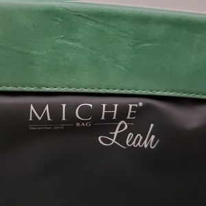 "Miche ""Leah"" Shell Large Green Elegant Bag VGC!!"